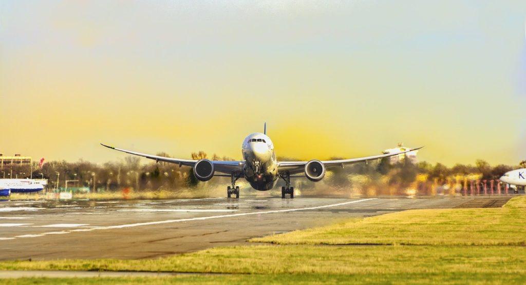 Matkailun ympäristövaikutukset muodostuvat muustakin kuin lentämisen päästöistä.