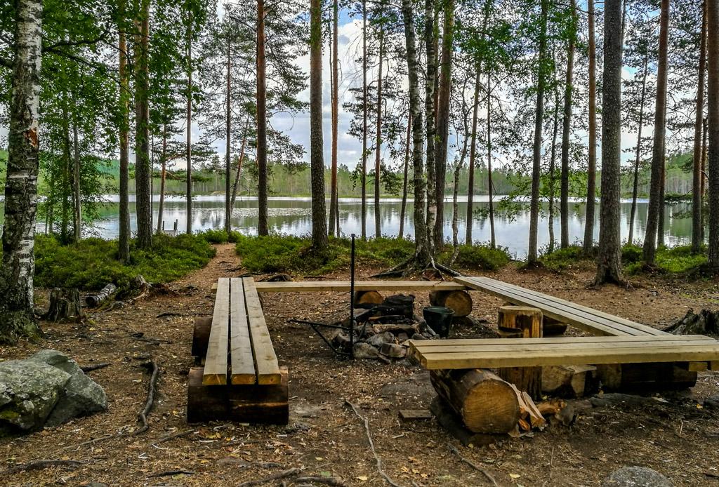 Nuotiopaikka Helvetinjärven kansallispuistossa