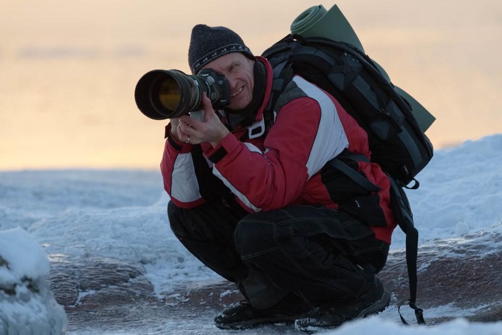 Milloin matkakuva kannattaa jättää ottamatta? Palkittu matka- ja luontokuvaaja Hannu Laakso on oppinut matkakuvaamisen etiikkaa kantapään kautta