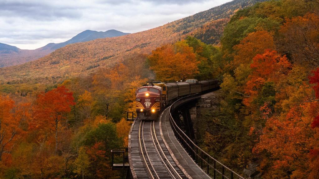 Rajat ylittävää junaliikennettä kehitetään ympäri Eurooppaa – EU:n tavoitteena vähentää liikenteen päästöjä 90 % vuoteen 2050 mennessä