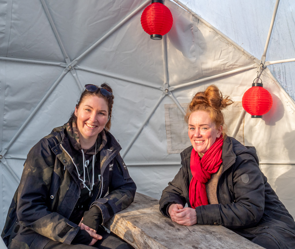 FinnDomen Krista Laine ja Heidi Korhonen